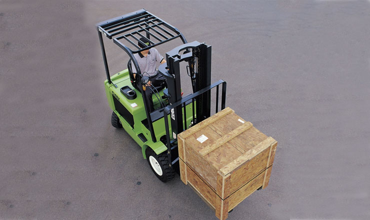 2-3.2吨平衡重电动叉车_4