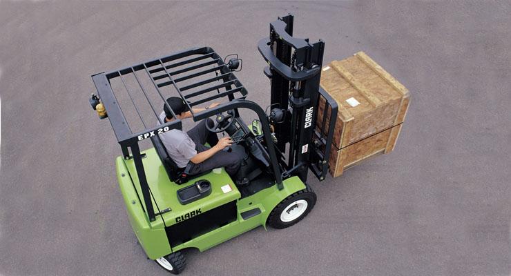 2-3.2吨平衡重电动叉车_2